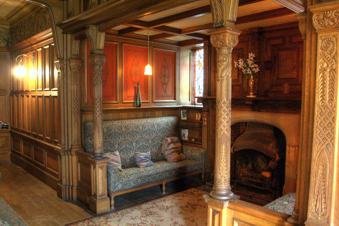 Inglenook by Flickr user Alan Cleaver (CC BY 2.0)