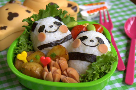 Fancy Bento by Wikimedia user luckysundae (CC BY-SA 2.0)