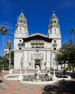 Hearst Castle by Wikimedia user King of Hearts CC BY-SA 3.0