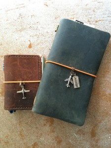 Non-Midori notebooks by Flickr user Wendi Dunlap (CC BY-NC-SA 2.0)