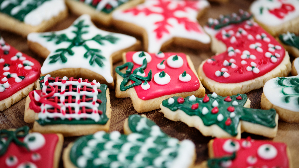 It doesn't have to be December to make holiday-oriented cookies. Image: Public Domain
